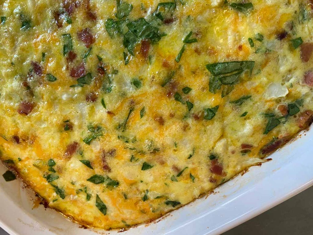 low carb breakfast casserole with spinach and bacon