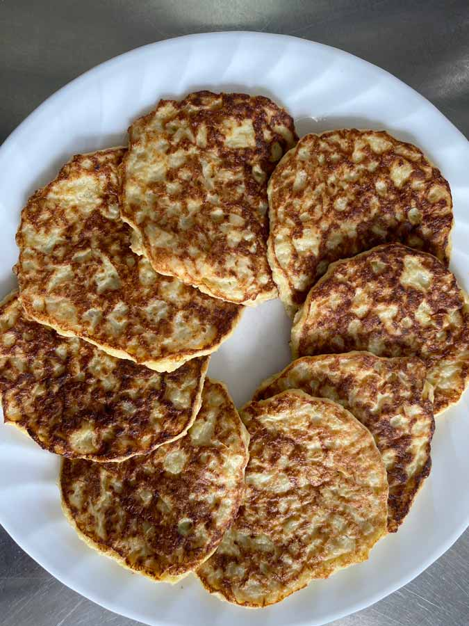 finished plater of cauliflower pancakes