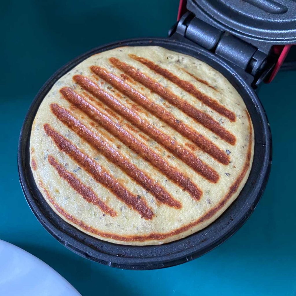 finished chaffle pizza crust in mini grill