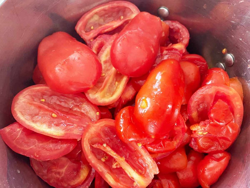 raw tomatoes ready to cook